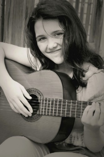 young girl with guitar, Music-for-Music-Teachers.com