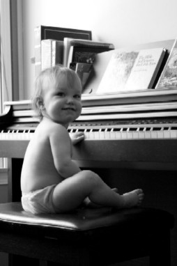 What a cute little girl! Music-for-Music-Teachers.com